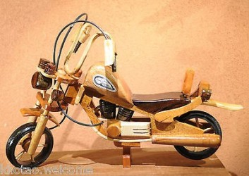Décoration MOTO & CHOPPER - GRANDE MOTO EN BOIS - MINIATURE MOTO - DECO HARLEY