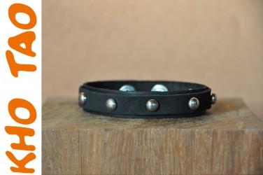Bracelet cuir/ de force FIN AVEC CLOUS noir
