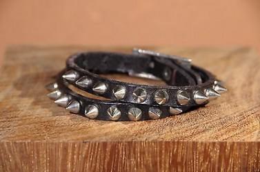 Bracelet en cuir PUNK ROCK avec SPIKES 2 TOURS