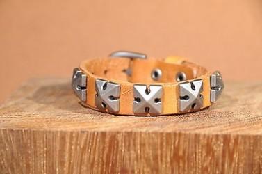 Bracelet en cuir PYRAMIDE - Homme, femme & Ados