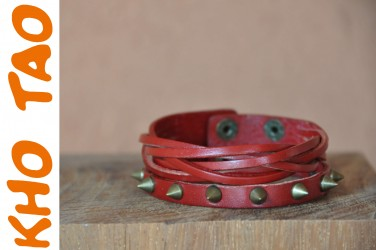Bracelet en cuir SPIKE PUNK ROCK - rouge